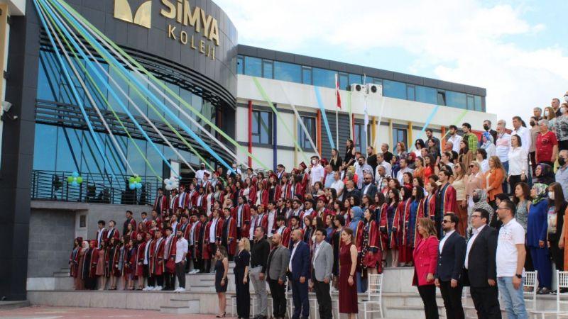 Şehrin parlayan yıldızı; Simya Koleji
