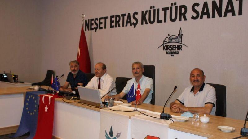 Yerel medyanın sorunları Kırşehir'de konuşuldu