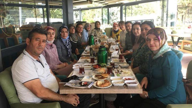 Mutlu, kadın üyelerle istişarede bulundu