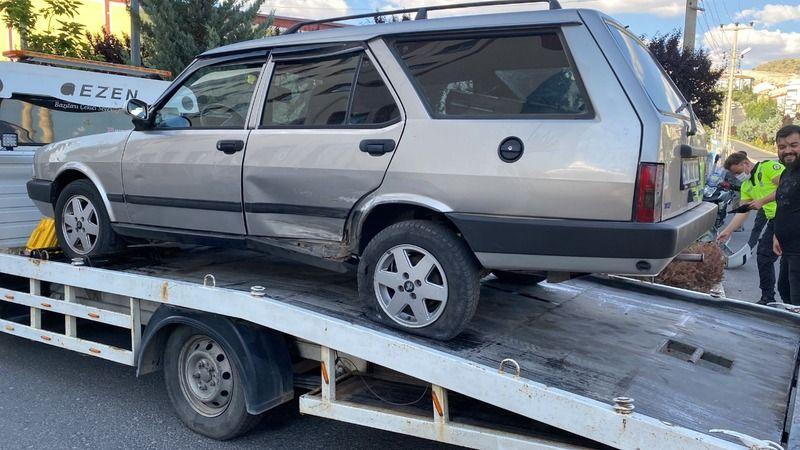 Trafik kazasında araç takla attı