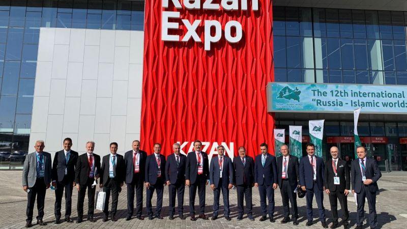 Parmaksız, Kazan zirvesine katılıyor