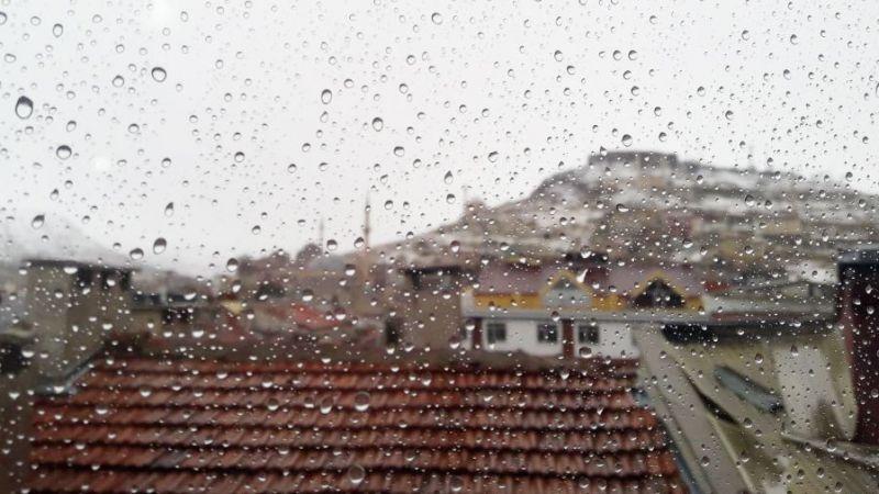 Nevşehir'e yağmur göründü!