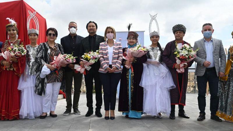 Ortahisar'da Özbek rüzgarı esti