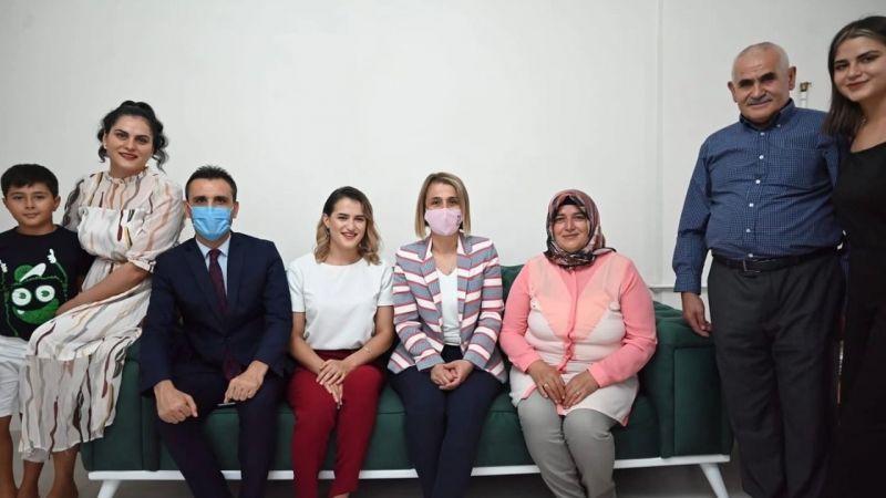 Vali Sezer Becel'den, Milli Gururumuz Esra Yıldız'a ziyaret