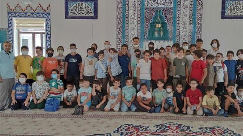 Kur'an kursları final yaptı