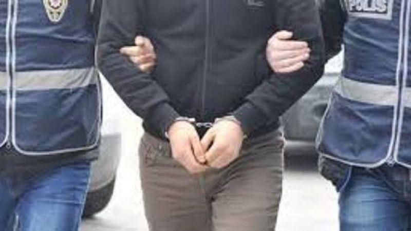 Hırsızlık suçundan aranan iki şahıs yakalandı