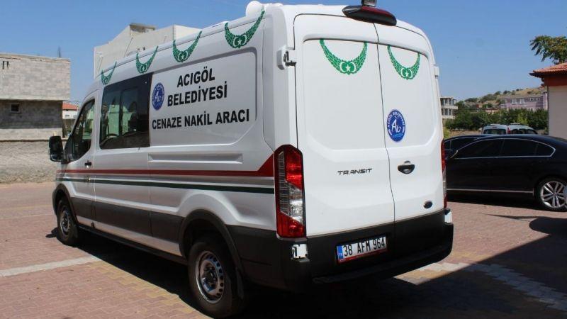 Türkoğlu ailesinden Acıgöl'e cenaze aracı bağışı