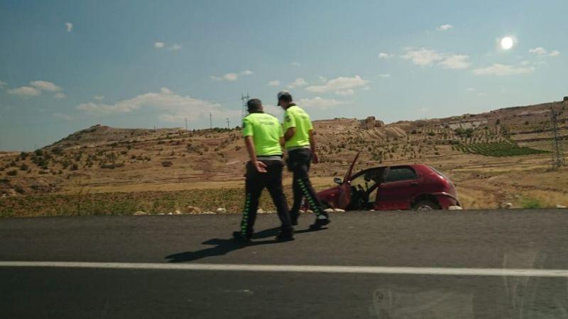 Araç şarampole düştü