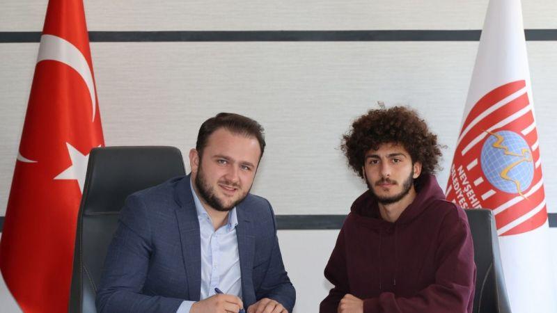 Belediyespor, Ahmet Çelik'i kiraladı
