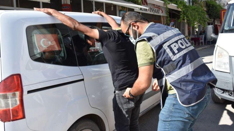 Hapis cezası ile aranan 2 şahıs tutuklandı
