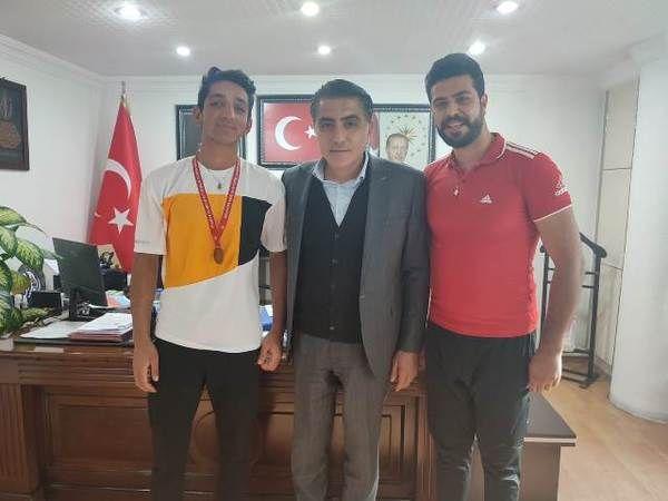 Hasan Akbulak bronz madalya ile döndü