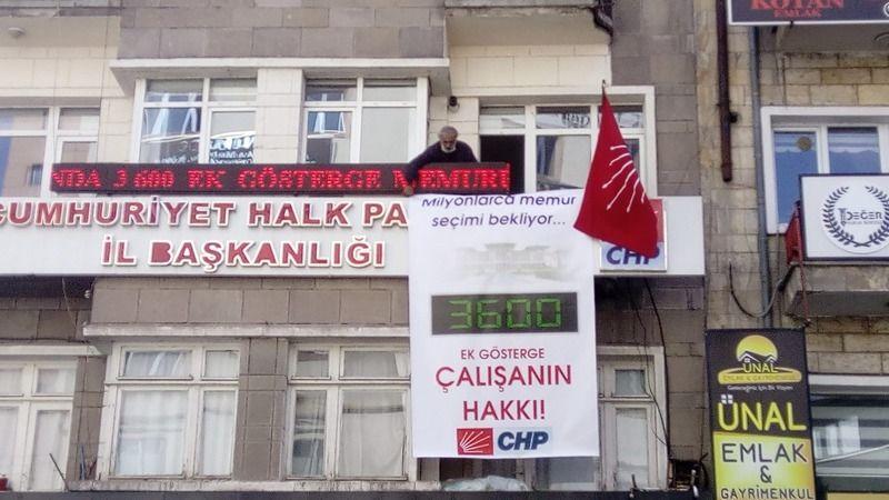 Nevşehir CHP'den '3600 Ek Gösterge' pankartı