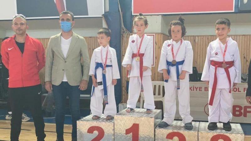 Nevşehir birincisi Simya Koleji'nden