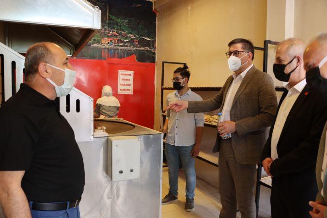 CHP Kocaeli bu kez Karamürsel esnafını dinledi