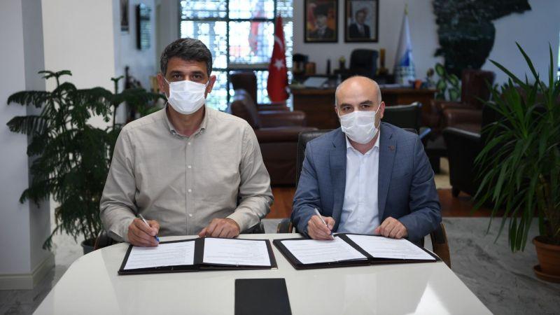 Kartepe'ye son teknoloji kent kütüphanesi protokolü imzalandı