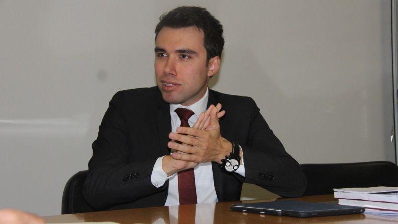 Başkan Acurman'a CHP'li üyeden hakaret!