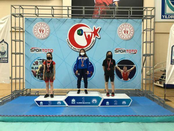 Ceren Türkiye şampiyonu oldu