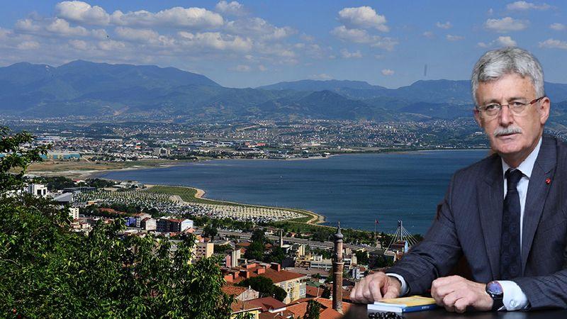 Başkan Ellibeş, İzmit'in düşman işgalinden kurtuluşunun 100. yılını kutladı