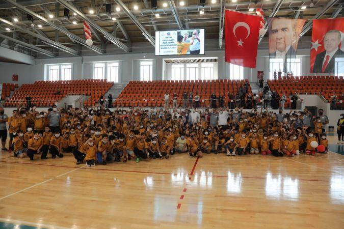 Darıca Belediyesi Yaz Spor Okulları'nda görkemli açılış