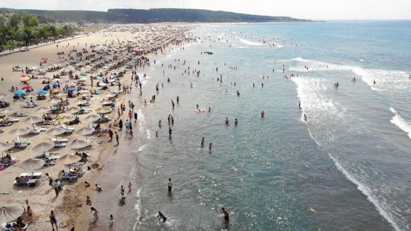 Sahillerde 132 kişi boğulmaktan kurtarıldı