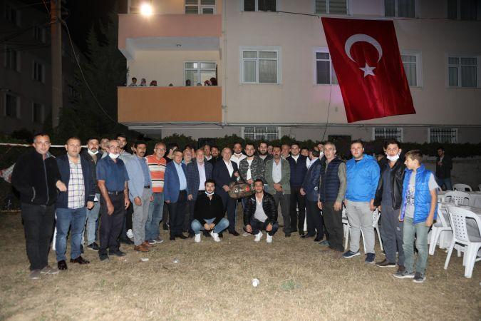 Başkan Bıyık Mehmetçikleri askere uğurluyor