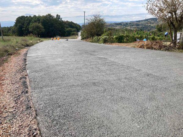 Büyükşehir beton yol yapıyor