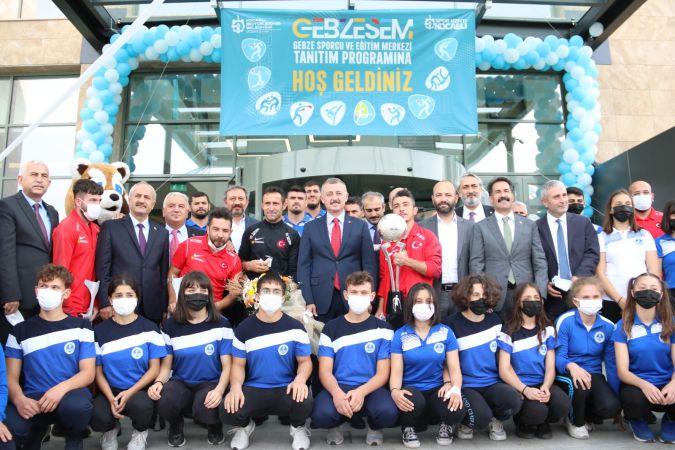 Büyükşehir, Kocaeli'ye bir spor merkezi daha kazandırdı