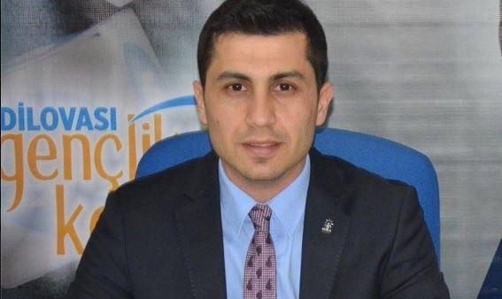 AK Partili isim istifa etti!
