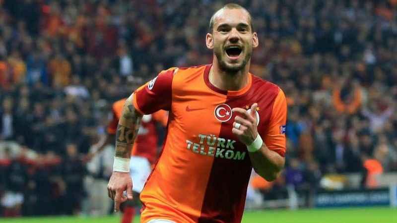 Wesley Sneijder'in gözü tekrar Galatasaray'da! Geri dönmek istiyor