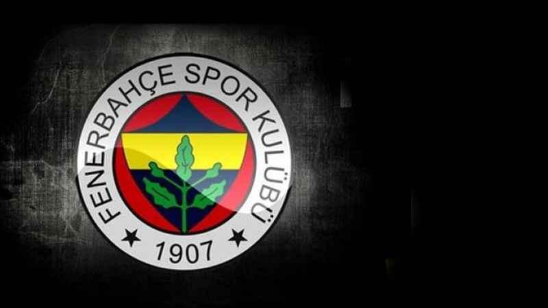 Fenerbahçe'de kritik gelişme! Taraftarın hedefindeki isim istifa etti