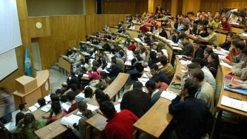 Gençler öğrenci gösterilip işsizlik düşürülüyor