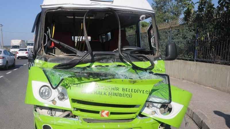 Yalova'da zincirleme trafik kazası: 4 yaralı