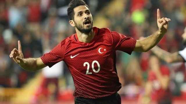 Emre Akbaba Başakşehir'de!