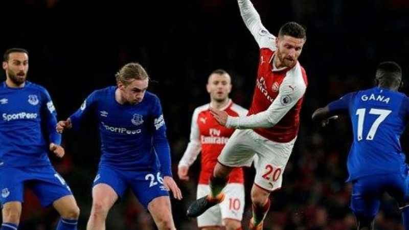 Cenk Tosun'lu Everton dağıldı! Arsenal rahat geçti