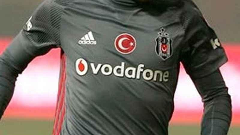 Beşiktaşlı futbolcu kontrolden geçti! İşte yeni takımı...