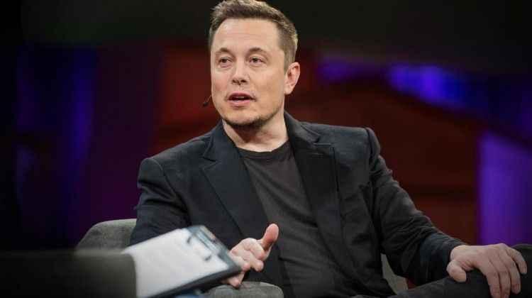 Tesla 675.4 milyon dolar zarar etti