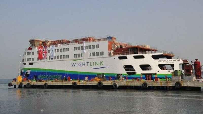 Türkiye'den İngiltere'ye arabalı feribot