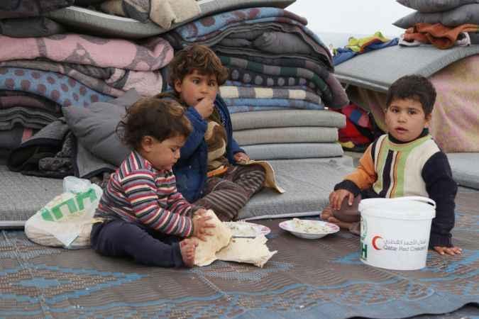Savaştan kaçan Suriyeliler, güvenli alanlara sığınıyor