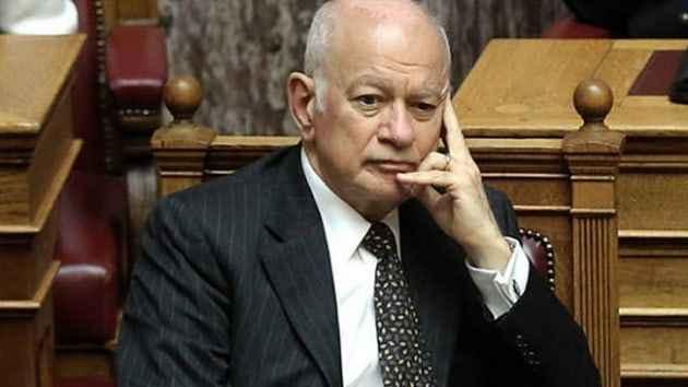 Yunanistan Ekonomi Bakanı kira yardımı nedeniyle istifa etti
