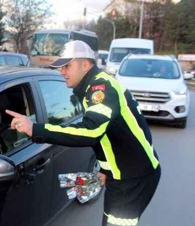 Ters yöne giren trafik amirine, müdürden ceza