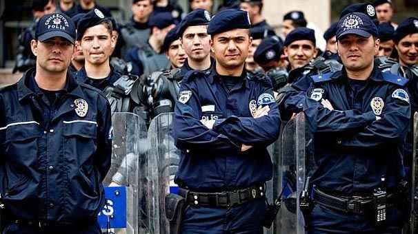 Polis maaşı ne kadar oldu? En yüksek en düşük polis maaşları