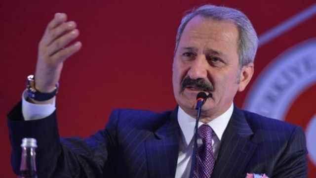 Şok iddia: Zafer Çağlayan, AKP'ye geri döndü!
