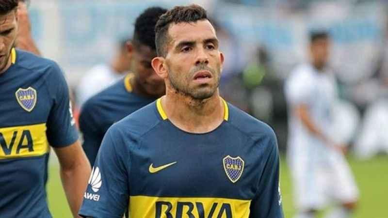 Carlos Tevez, Boca Juniors'la sözleşme yeniledi!