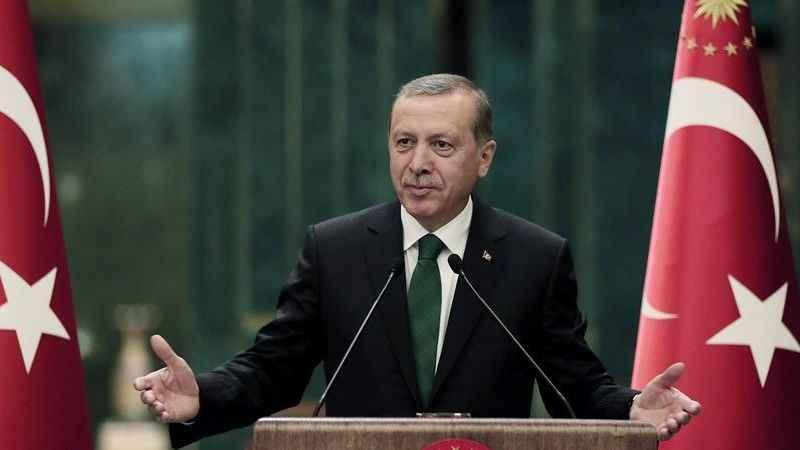 Can Ataklı: Erdoğan'ı ikide bir niye sosyal medyanın önüne atıyorlar?