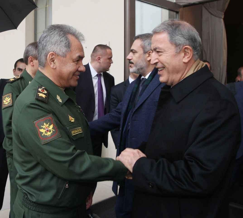 Milli Savunma Bakanı Akar, Rus mevkidaşıyla görüştü