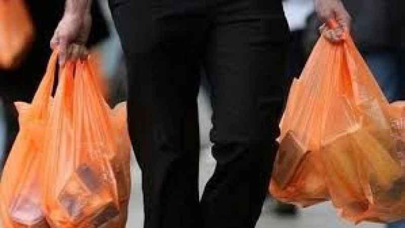 Ücretli plastik poşet uygulaması kaldırılacak mı? Açıklama geldi