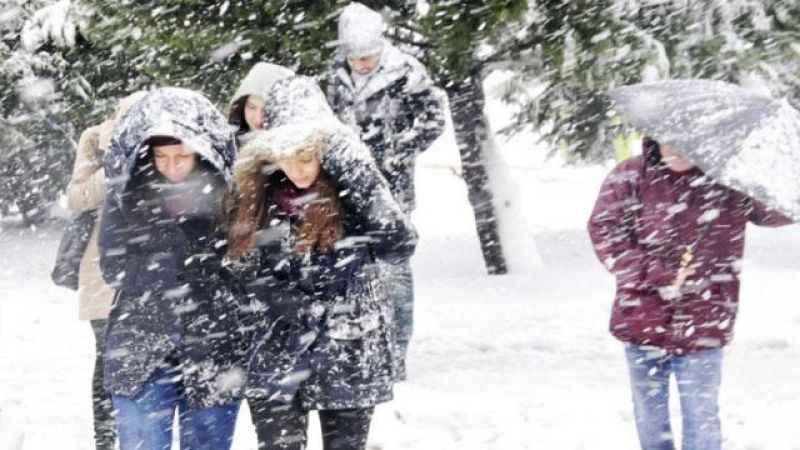 Bugün okullar tatil mi? 10 Ocak il il yeni kar tatil haberleri