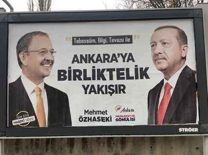 AKP seçime AKP'siz giriyor: Bu afişler çok konuşulacak