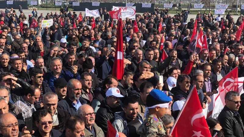 İstanbul Maltepe de EYT mitingi başladı