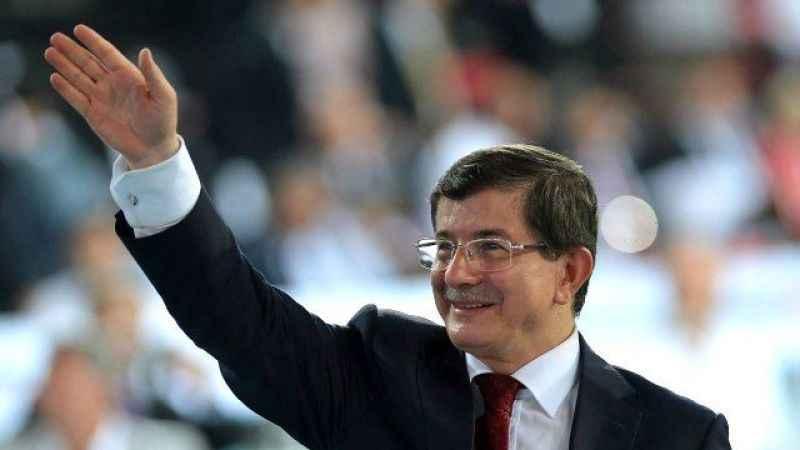 """Ahmet Davutoğlu'ndan """"yeni parti"""" çıkarması: AKP'li isimlerle görüştü"""